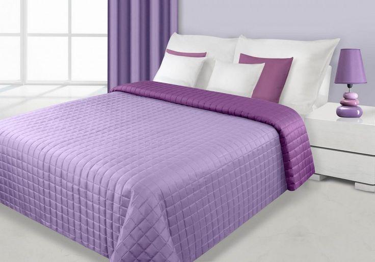 Fialovo-lila prehoz Eva je dostupný v 4 rozmeroch: 70x150, 170x210, 220x240 alebo 230x260 cm.