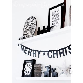 82 best a monochrome christmas images on pinterest - Girlande selbst gestalten ...