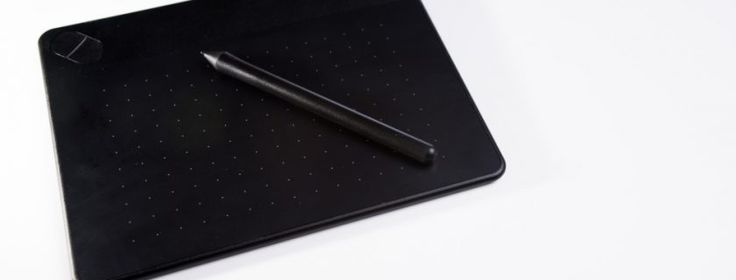 Wacom Intuos Art Pen and Touch Digital Graphics, Drawing & Painting Tablet – Medium Review