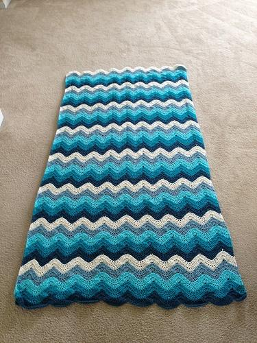 Crochet Ocean Wave : The Crochet Crowd Ocean Waves Throw kleuren Pinterest