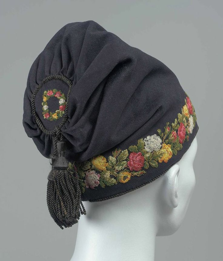 Man's smoking cap | United States, 19th century | Fulled wool embroidered with wool, silk tassel, plain weave silk lining | Museum of Fine Arts, Boston