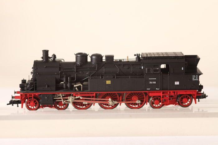 Fleischmann H0 - 4076 - stoom locomotief BR78 van de Deutsche Reichsbahn (57866)  Fleischmann H0 - 4076 - stoom locomotief BR78 van de Deutsche Reichsbahn (57866)Bewerking-ID: 78 198Locomotief geweest geteste einwandfrfei met snelle koppelingenZeer goed - voorwaarde met zeer goede originele doosveilige verzending met DHLFoto's zijn een integraal onderdeel van de beschrijving  EUR 60.00  Meer informatie