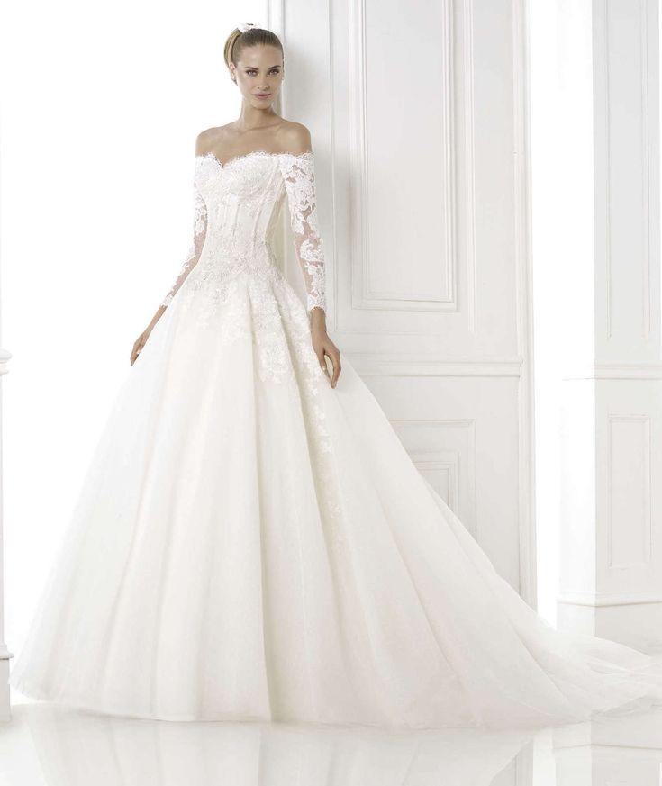 Abito da sposa da principessa 2015 Pronovias mod Bespin