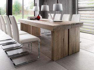 Solidny dębowy stół DUBEL doskonałe i jednocześnie proste wzornictwo zastosowanie drewna dębowego z uwidocznioną piękną strukturą podkreśla niepowtarzalny charakter stołu. Szeroka gama rozmiarów i kolorów pozwala na zagospodarowanie każdego wnętrza.