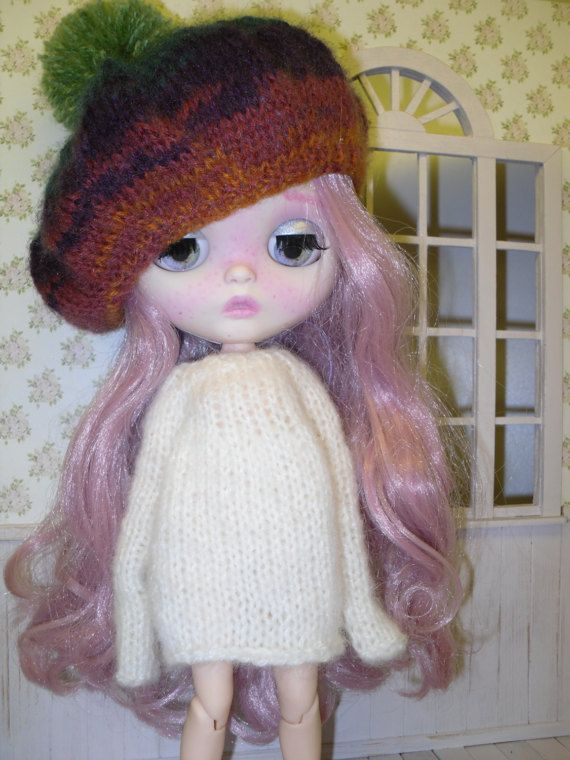 Colorful beret for Blythe with a big pompom by LittleGiftCove