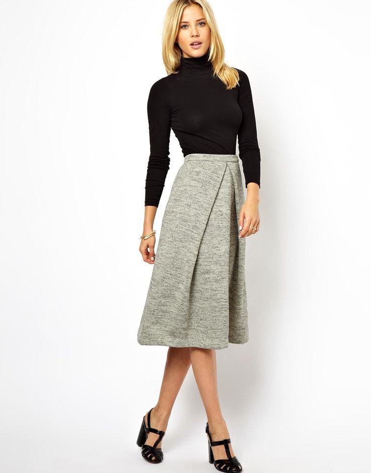 LOVE this midi skirt