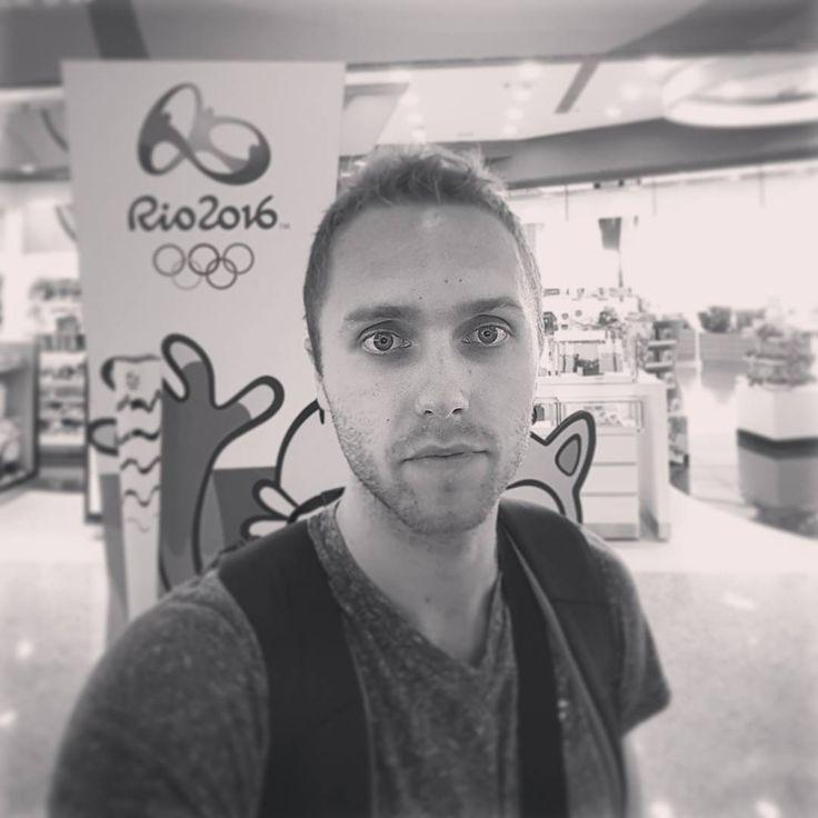 Rozdział Rio 2016 kończy się dla nas szybciej niż wszyscy tego chcieliśmy  mimo wszystko jestem dumny, że mogłem grać dla Polski na Igrzyskach. Teraz kilka dni odpoczynku i wracamy do walki w Pluslidze  #rio2016 #olympic #games #coming #home #zaksa #imcoming