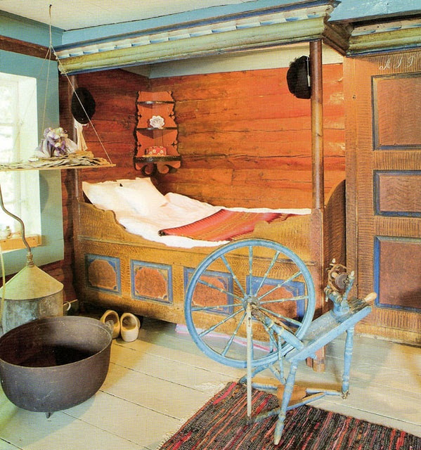 Scandinavian bed and a spinning wheel...