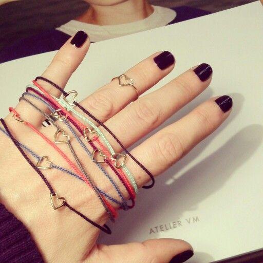 Bracciali Per far Felicità  e anello Cuore oro 9kt e cotone. Atelier VM