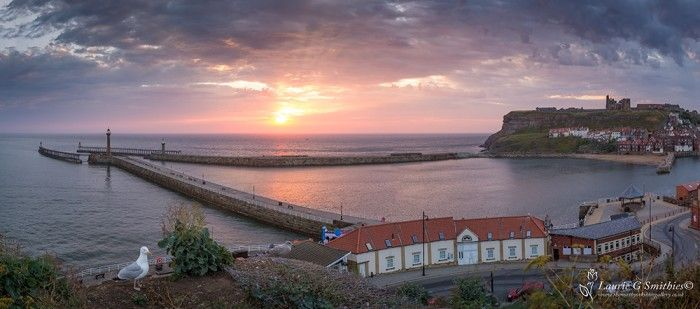 Whitby's Harbour Mouth, Panoramic
