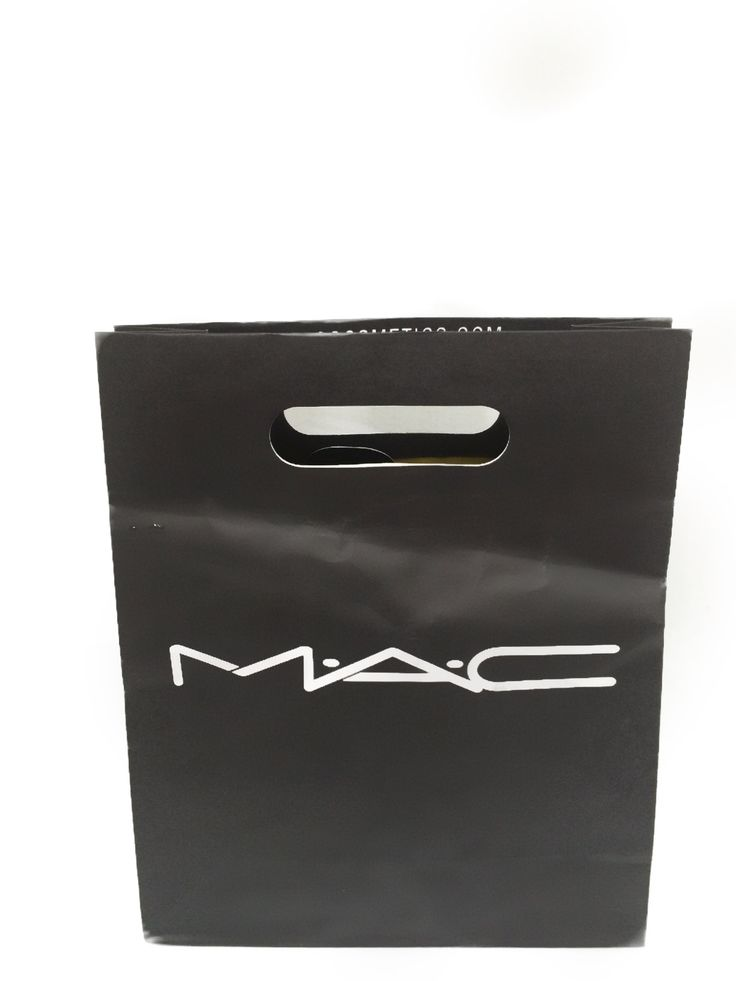 For Mother's Day, I treated myself to a MAC makeover at one of the local Macy's. I arrived at the MAC counter not knowing what to expect.