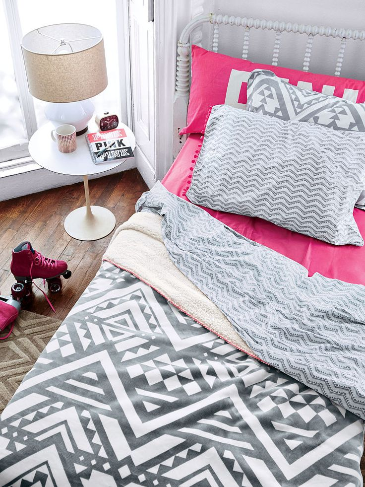 soft sherpa blanket pink sweet dreams super soft snuggly blanket instantly brightens up your dorm room or bedroom faux fur on one side