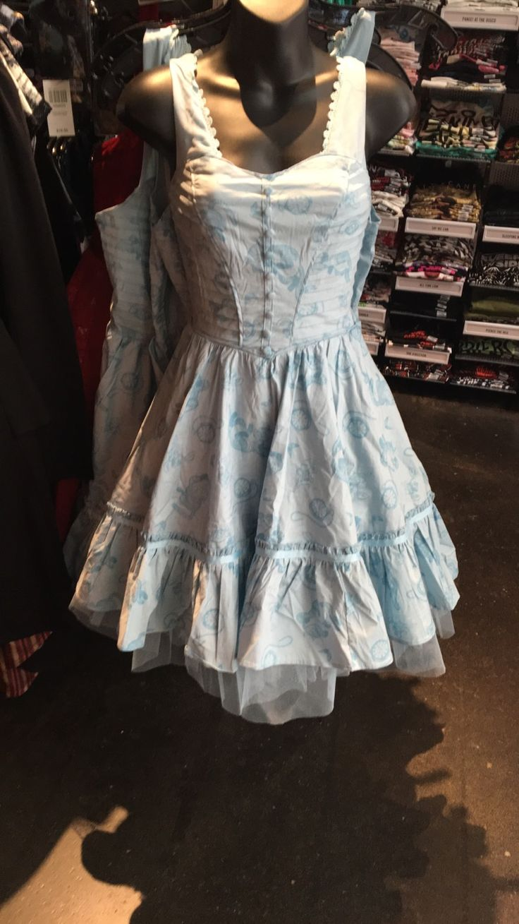 Pin by Autumn Rayne on Dresses | Alice in wonderland dress ...