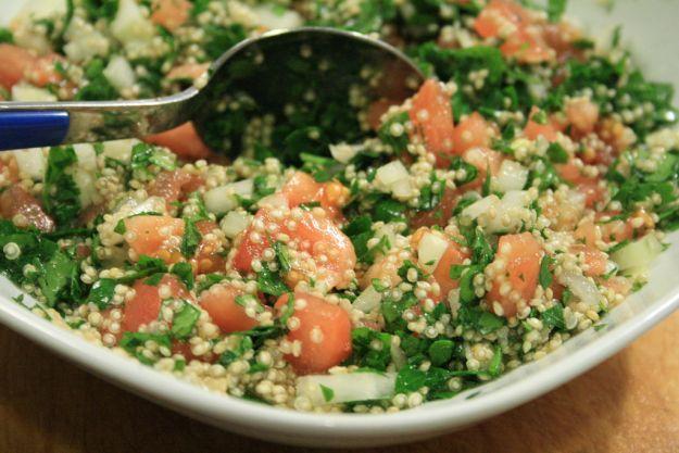 5 ricette etniche: Il taboulè, piatto libanese, Fajitas, piatto messicano, Riso alla cantonese, piatto cinese, Falafel, piatto medio-orientale, Pollo tandoori, piatto indiano