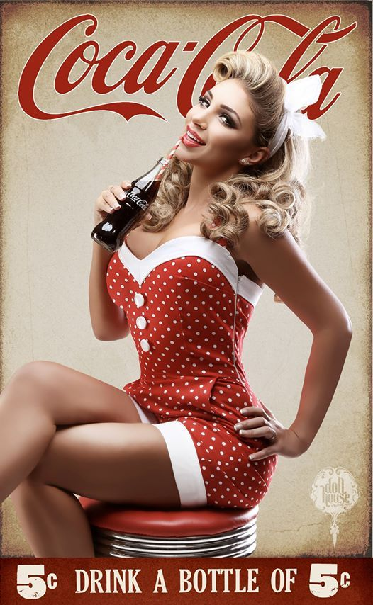 17 best images about coca cola on pinterest girls coca. Black Bedroom Furniture Sets. Home Design Ideas