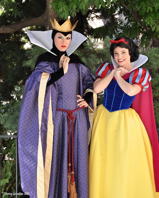 Princess Snow White and the Evil Queen