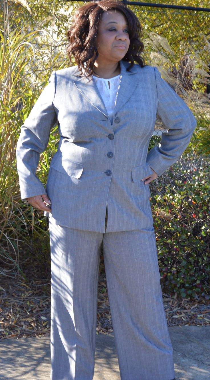 Dressbarn Black and White Blazer and Pant Pinstripe 2-Piece Career Suit Size 16W #Plussize