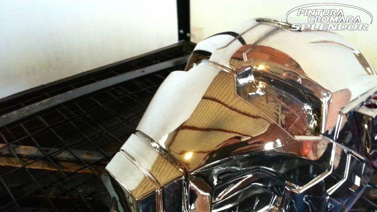 Máscara de Plástico Efecto Cromo - Chrome Plastic Helmet