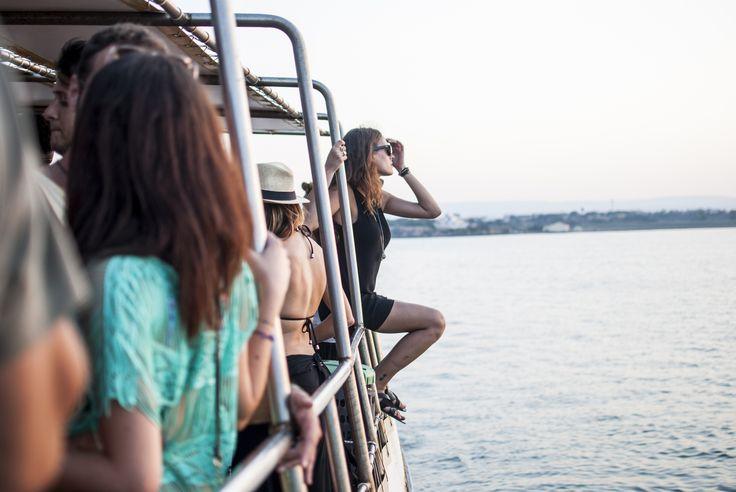 Nel cuore antico di Siracusa parte il 24 luglio il festival di musica elettronica famoso per i suoi boat party e la commistione di antico e contemporaneo