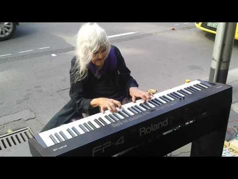 (6) Natalie: Iconic Melbourne Piano Street Performer. [Untitled original piece.] (21/1/2014) - YouTube