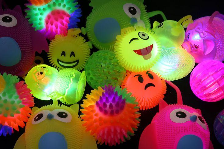Svítící a mačkací #hračky pro děti od #puckator