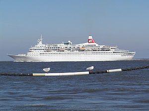 Black Watch. Ιδιοκτησία & Διαχείριση: Olsen Cruise Lines. 1972 ~ 1991 Royal Viking Star. 1991 ~ 1994 Westward. 1994 ~ 1996 Star Odyssey. 1996 ~ present, today;s name. Σε υπηρεσία από τις 26/06/1972. 28.613GT ~ 205,47 μ.μ. ~ 25,20 μ.πλ. ~ 7 κατ/τα ~  22knots ~ 820 επ. ~ 330 α.πλ.