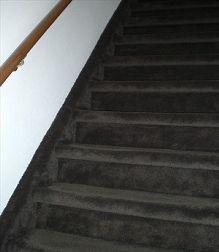 Aanbieding trapbekleden - Dicorations voor gordijnen, vouwgordijnen, paneelgordijnen, zonwering en vloerbedekking.