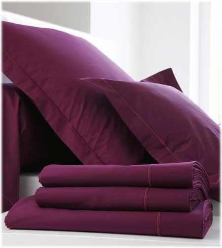 Linge de lit uni Blanc des Vosges. Grande gamme de coloris à découvrir sur Grandes-Marques !