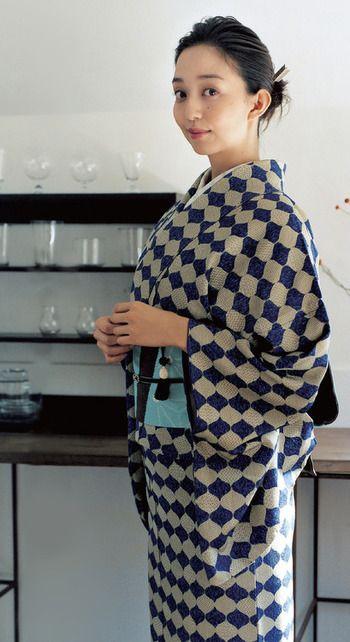 松島花さんの「粋」な着姿。  着慣れた感が素敵です。                              …