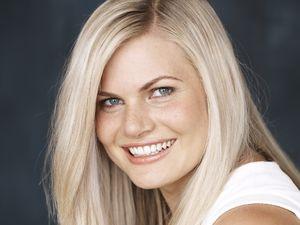 Bonnie Sveen Head Shot