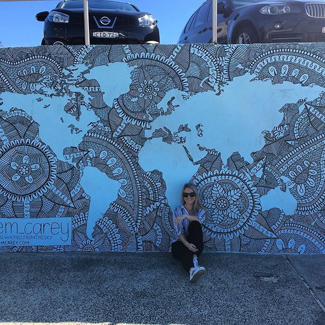 My absolute FAVOURITE mural in Bondi .Cannot WAIT to buy one of these pieces for my home wall.