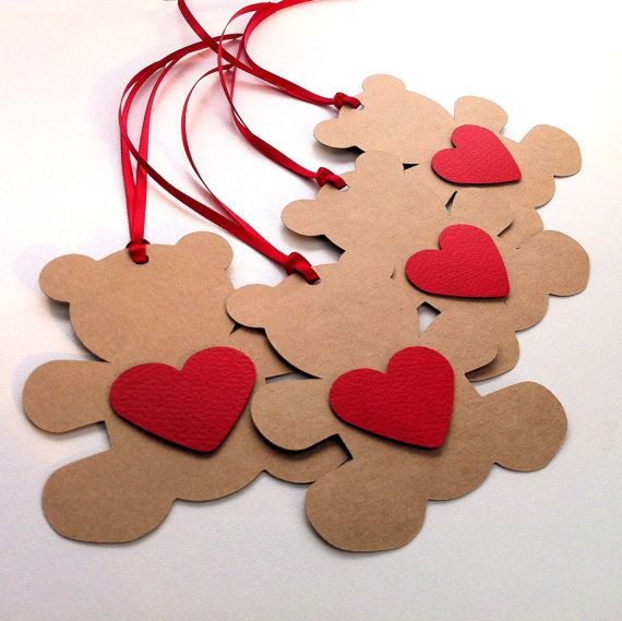 Teddy Bear Gift Tags. Baby shower teddy bears in kraft brown with coloured hearts.