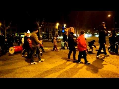 Video Bater Marzo, antica tradizione di battere per scacciare l'inverno e risvegliare la terra, San Giovanni Lupatoto, Verona - 2013
