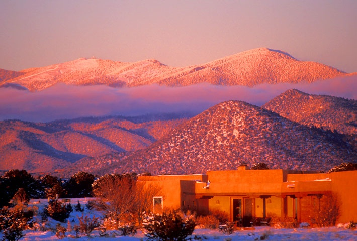 Sangre de Christo mountains at sunset   7,000 ' altitude = thinner air, often takes 48 hours to adjust)   STAY HYDRATED!    #Santa Fe #Getaway