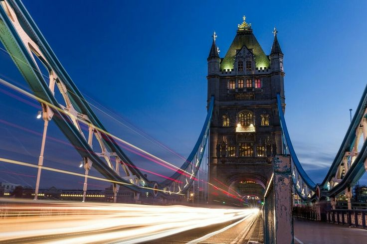 Book Your Journey with Heathrow Shuttle for Airport Transfers in London, Taxi To Heathrow, Taxi From Heathrow, Heathrow Taxi Transfers,  Taxi To London, ...