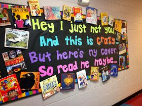 The Teacher with a Ponytail: Library Bulletin Board!