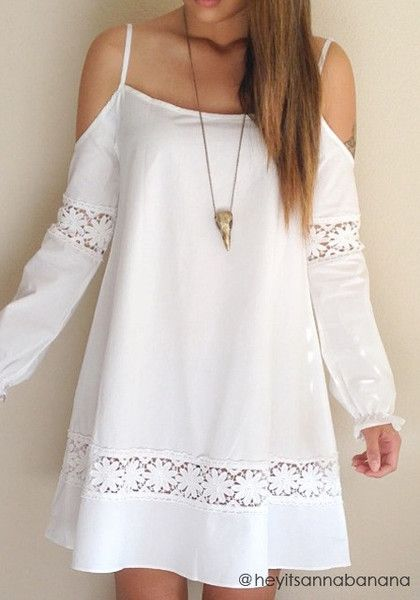Show off a hippie masa look with this cold shoulder crochet dress. It's loose fit and has catchy cutout design at shoulders. Just add accessories to complete the look.