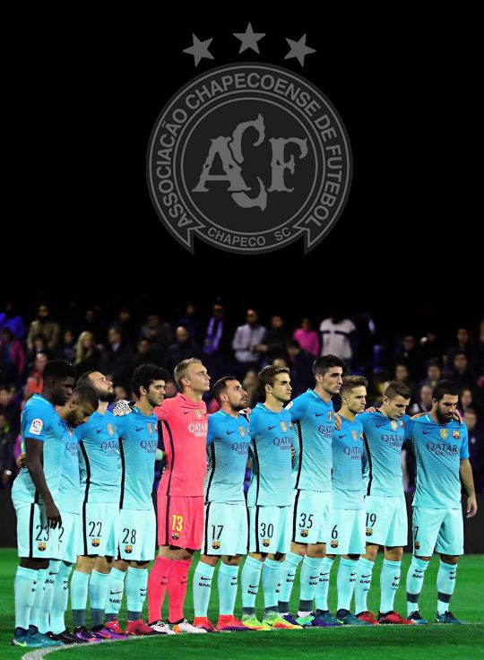 FC Barcelona players pause for a one minute silence in honour of the victims of a plane crash, which was carrying aboard it members of the Brazilian team Chapecoense Real, when it crashed in Colombia, ahead of the Copa del Rey round of 32 first leg...