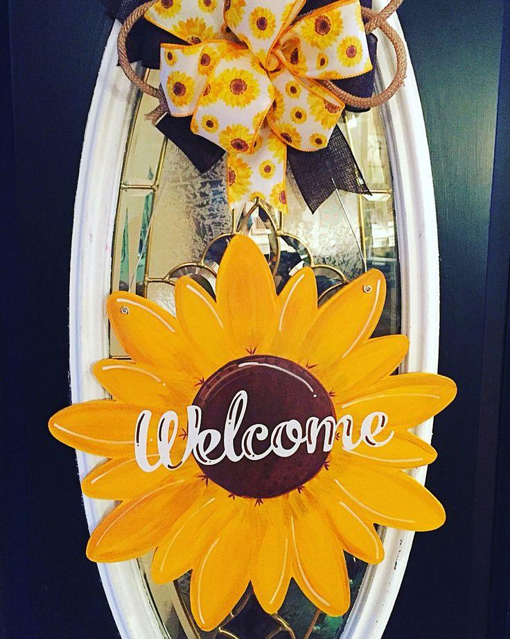 Welcome Sunflower door hanger made by Felicia Brown FANCYS DOOR DECOR.