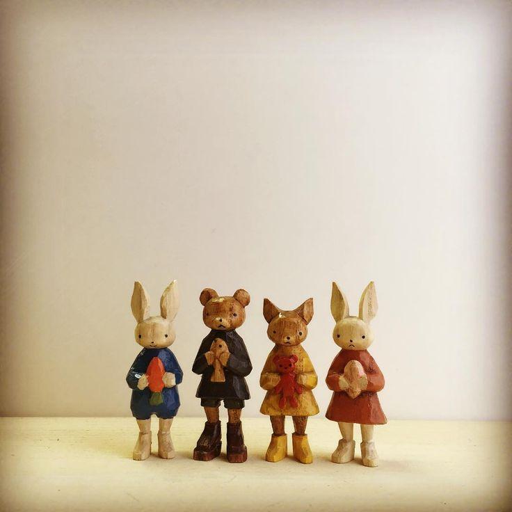 いろいろ抱えてます  #MOKKO_KUMAKICHI #木工くま吉 #木彫り #doll #woodcarving #うさぎ #rabbit