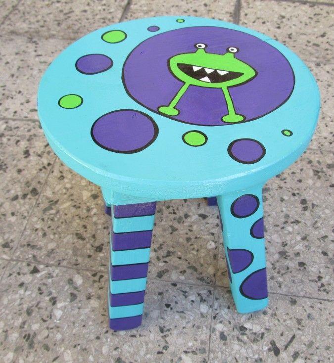 Las 25 mejores ideas sobre muebles de beb pintados en for Sillas para que los bebes aprendan a sentarse