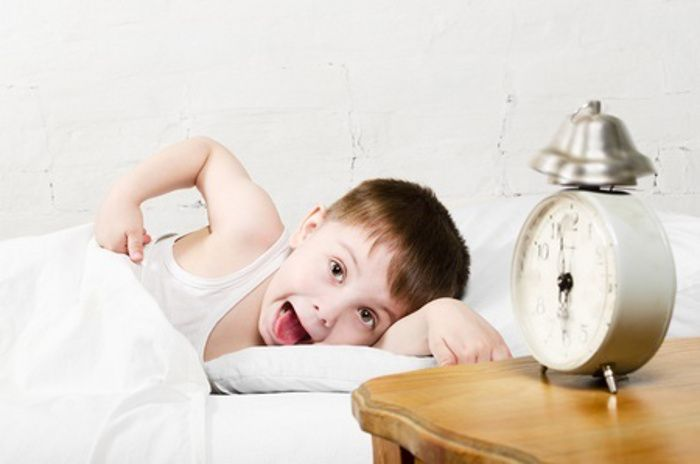Is your child having trouble sleeping? It may be due to what they eat before they sleep. Suzanne Khor, Senior Dietician from Thomson Paediatric Centre (The Child Development Centre) shares five types of food to avoid giving children before their bedtime. #sleepingtime #foodnottoeat