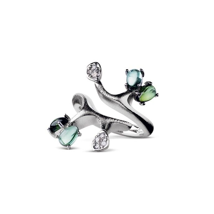 Twig ring in 18K white gold with Green Tourmaline and diamonds TW.VS | OLE LYNGGAARD COPENHAGEN
