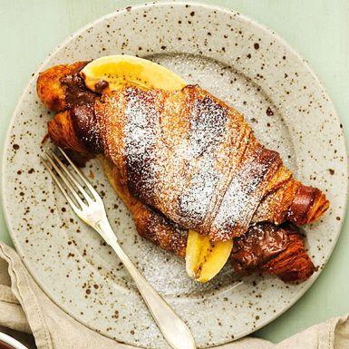 Recept: Rostad croissant med Poms hasselnötskräm