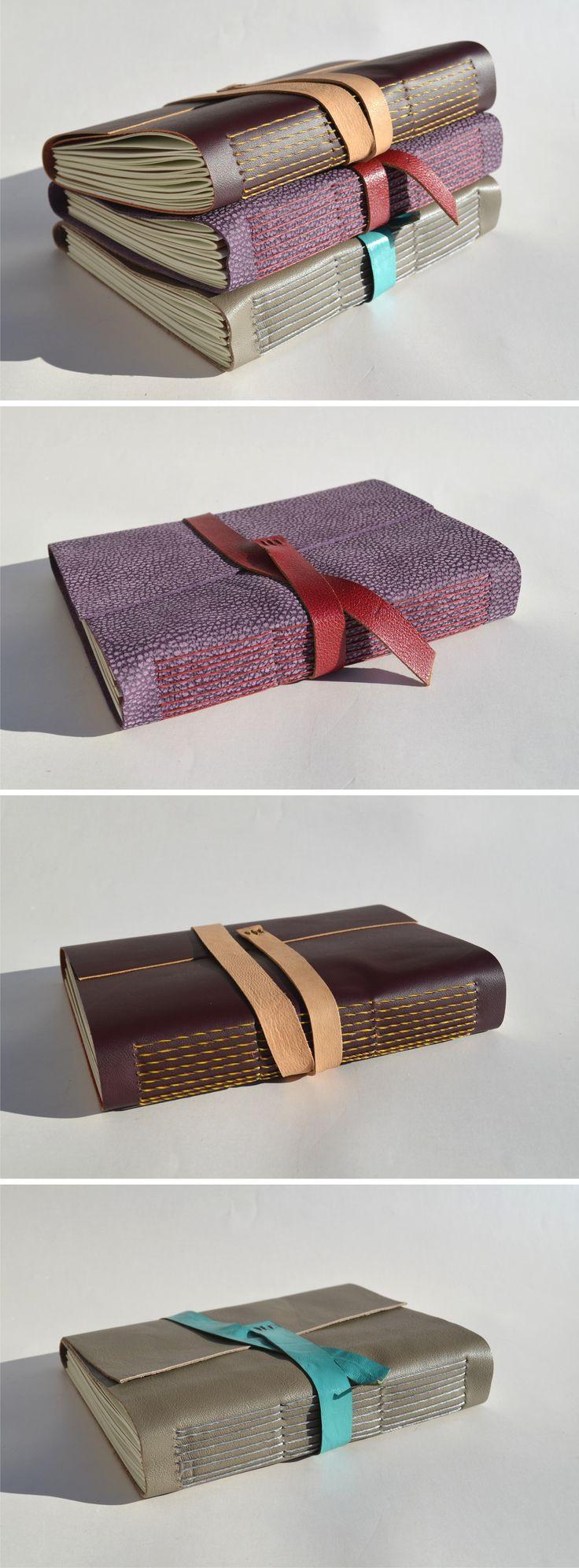 Diarios de viaje . Encontralos en Las Huellas – El Calafate Encuadernación costura expuesta en Cuero en diversos colores y texturas Calendarios 2014/2015/2016 6 Secciones: organizador anual …