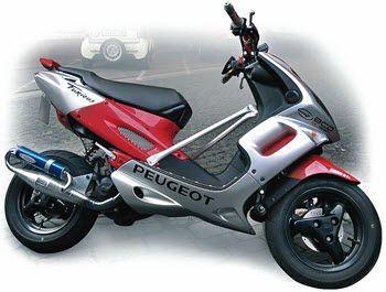 De Peugeot Speedfight is een van de meest populaire scooters van Peugeot en daarnaast ook een van de meest populaire scooters in het algemeen. Het model gaat al aardig wat jaren mee en is nu inmiddels al bij het 4e model. Het model blijft vernieuwd worden en gaat iedere keer met de tijd mee. De... Continue reading »