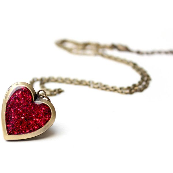 Heart Locket Necklace with ruby red glitter - antique vintage look... (26 AUD) ❤ liked on Polyvore featuring jewelry, necklaces, accessories, colares, red, red heart necklace, red chunky necklace, chunky chain necklaces, silver locket necklace and chain necklace