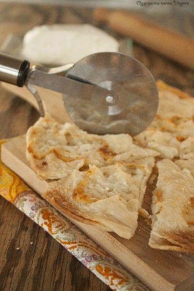 Focaccia di Recco al formaggio