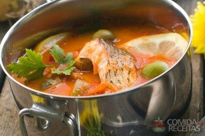 Receita de Ensopado de peixe - Comida e Receitas