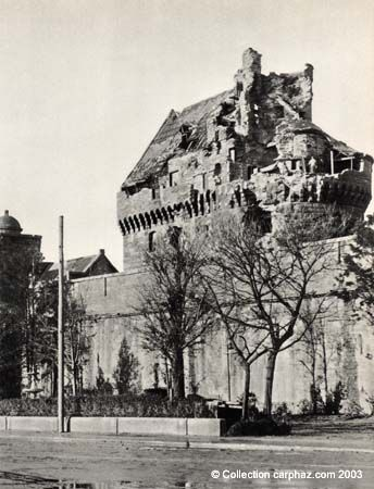 Saint-Malo destruction du Chateau en 1944